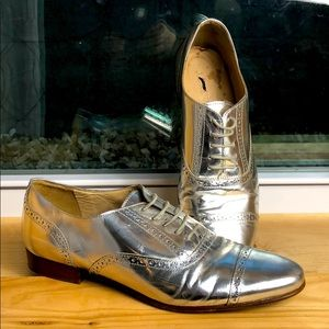 J. Crew Oxford leather shoes flats 8 silver Italy